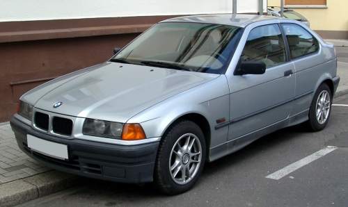 BMW_E36_compact_front_20080409.jpg