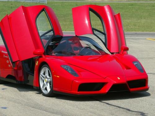 Ferrari-Enzo-028.jpg