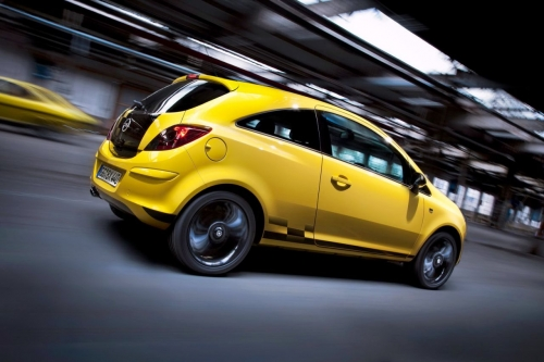 opel-corsa-color-race-4.jpg
