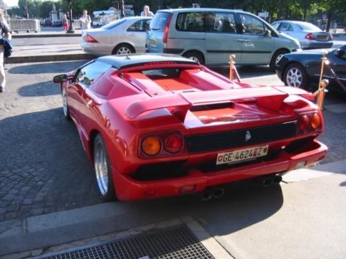 Lamborghini_Diablo_2.jpg