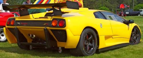 Lamborghini-Diablo-SVR-Yellow-Rear-Angle-st.jpg