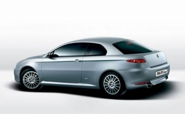 _Alfa_Romeo_GT_Coupe_2003_002.jpg