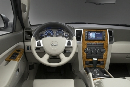 20080319-2008-jeep-grand-cherokee-overland-interior-front.jpg