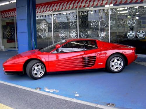 Ferrari-TESTAROSSA.jpg