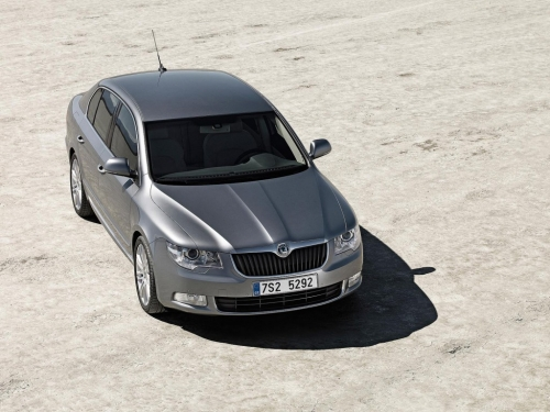 skoda-superb-2008-first-official-photos-02.jpg