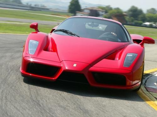 Ferrari-Enzo-038.jpg