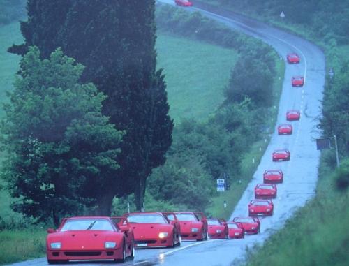 Ferrari_F40_grupo.jpg